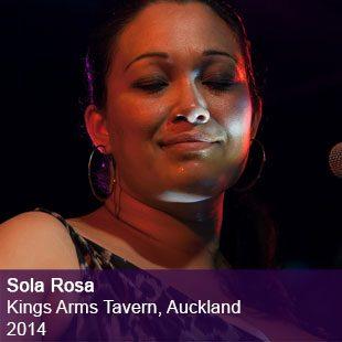 Sola Rosa live