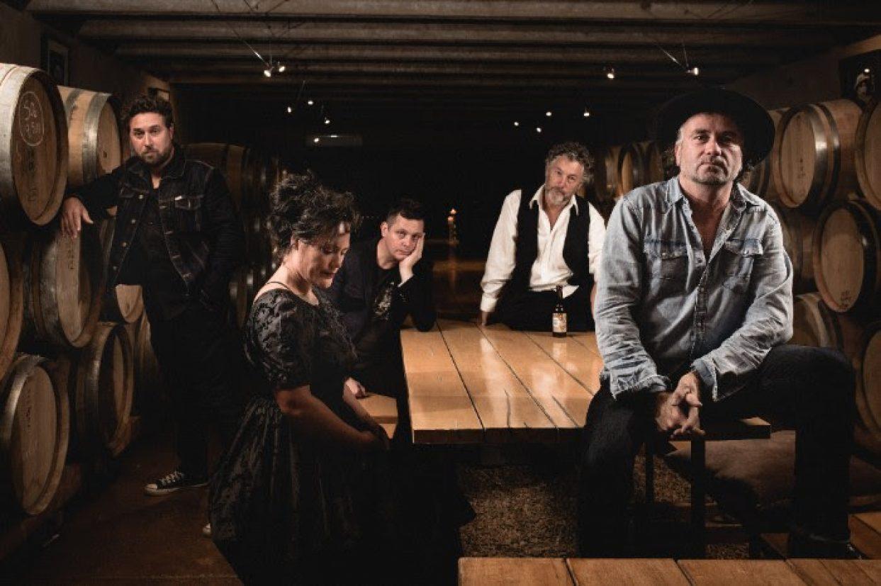Aaron Carpenter & The Revelators new video 'Gun Smoke Girl'